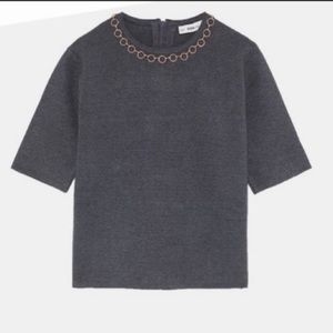 Zara woman knit gray sweater with gold tone built in necklace - L